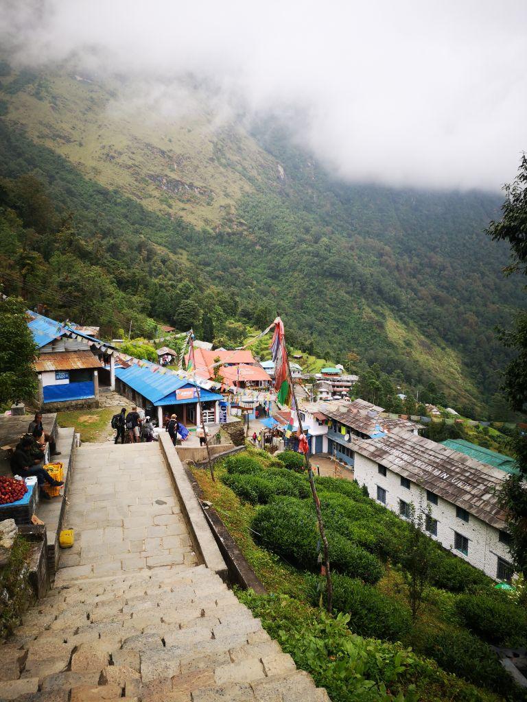 In den Bergen leben ist schön, aber auch eine echte Herausforderung.