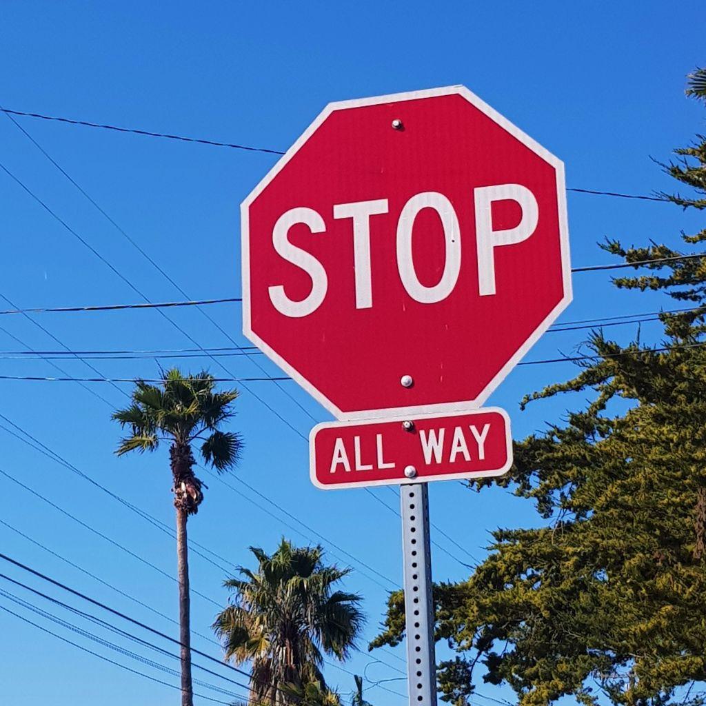 Rechts vor links vs. All-way Stop