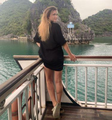 Boating somewhere through Halong Bay Heritage🇻🇳🚤🐒…