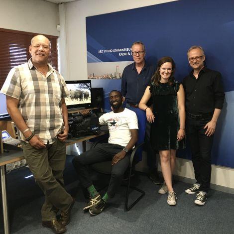 Auslandkorrespondent und andere Personen