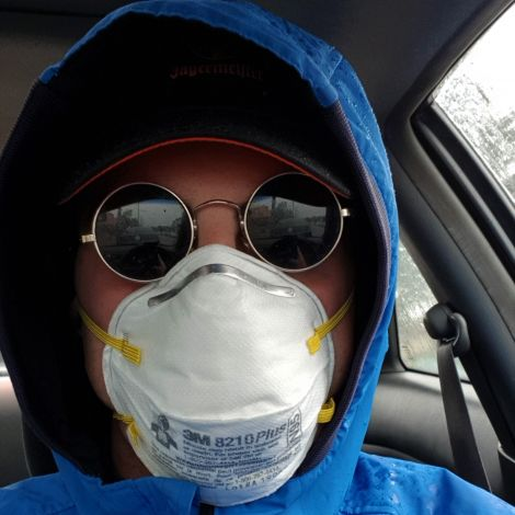 Draußen nur noch mit Maske unterwegs!