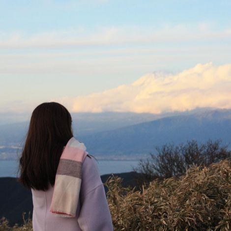 NUPACE Moments - January 🗻Blick auf die Bergspitze des Fujisan (富士山)…