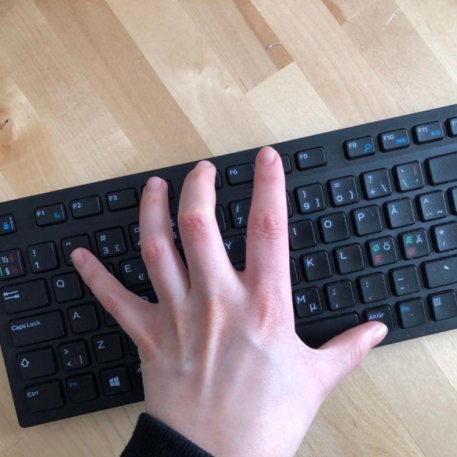 Tastatur mit finnischem Layout
