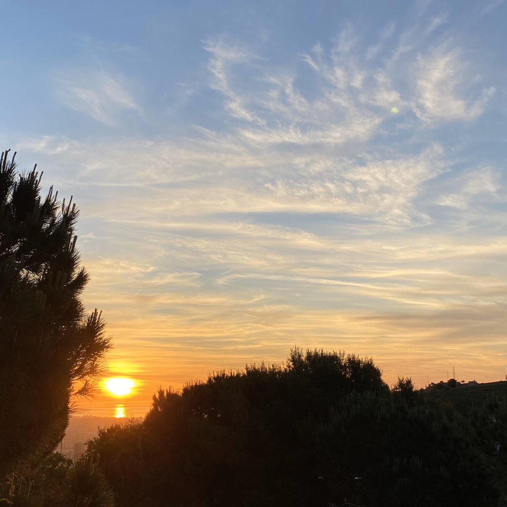 Sonnenaufgänge. Der Beginn eines neuen Tages. Einer neuen Woche. Einer…