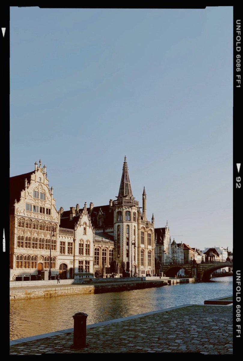 In Gedanken immer wieder durch die Straßen von Gent laufen. 💭…