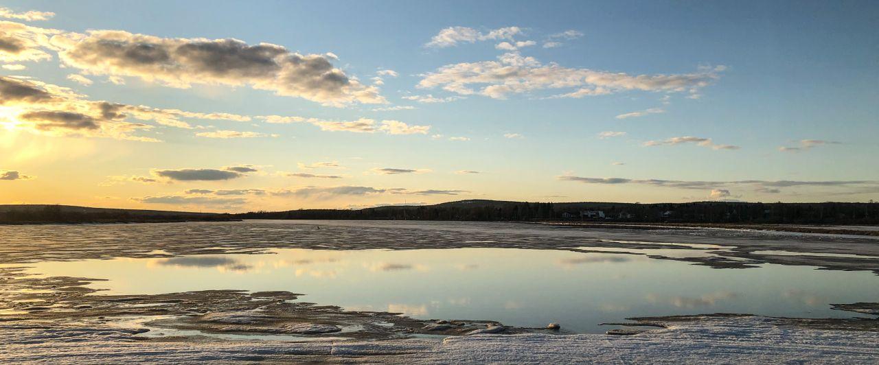 Landschaft, Sonnenuntergang, teilgefrorener Fluss