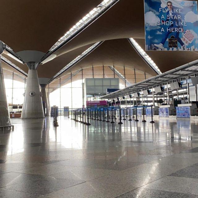 Flughafen KLIA ohne Menschen