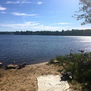 Finnischer Sommer auf einer neu entdeckten kleinen einsamen Insel 5 Minuten von…