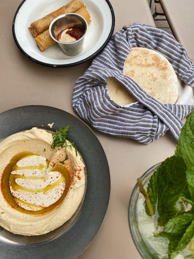 NENI?s Hummus Teller