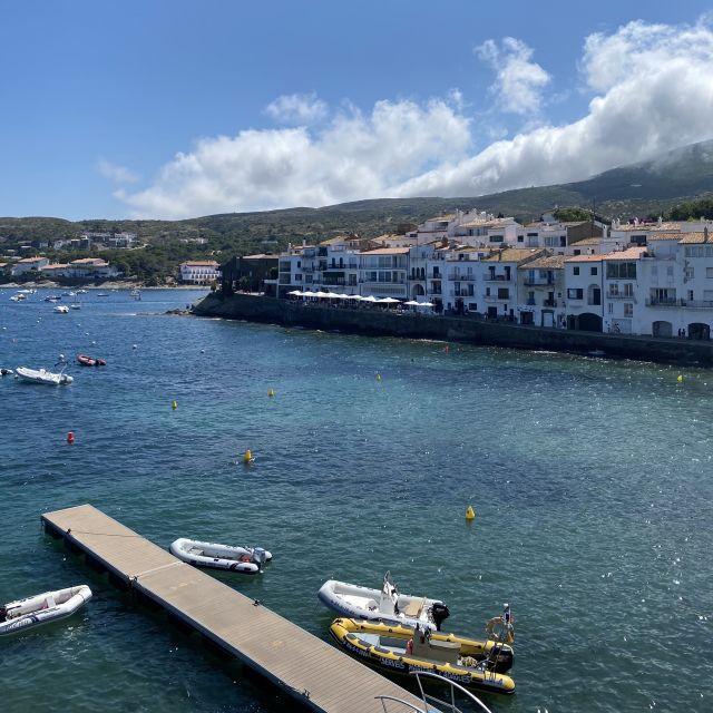 Blick über die Bucht von Cadaqués.