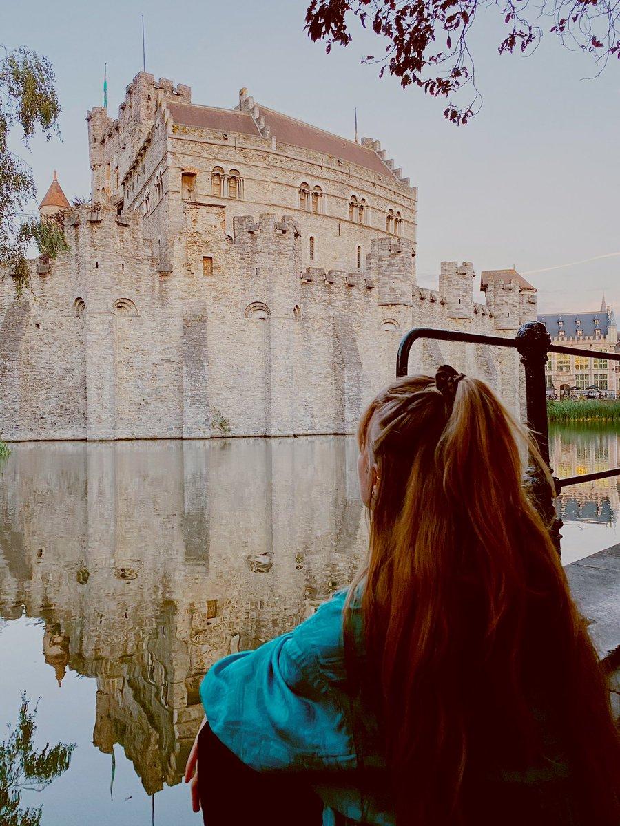 Gravensteen: Eine der größten Wasserburgen Europas mitten im Zentrum von…