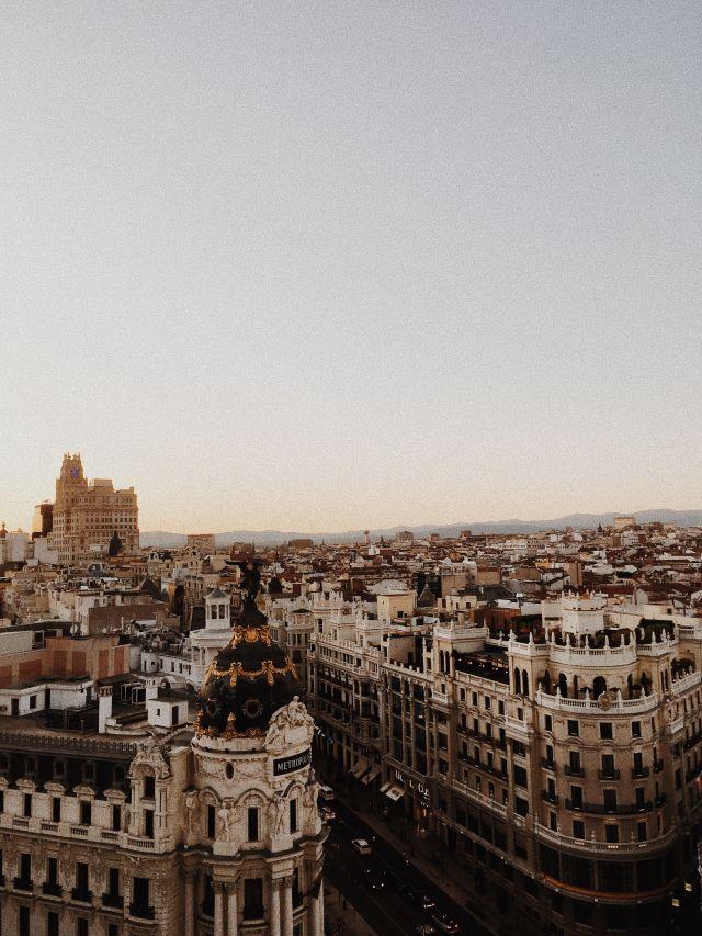 Einer meiner Lieblingsorte in meiner Lieblingsstadt: Círculo de Bellas Artes mit Ausblick auf die Gran Vía.
