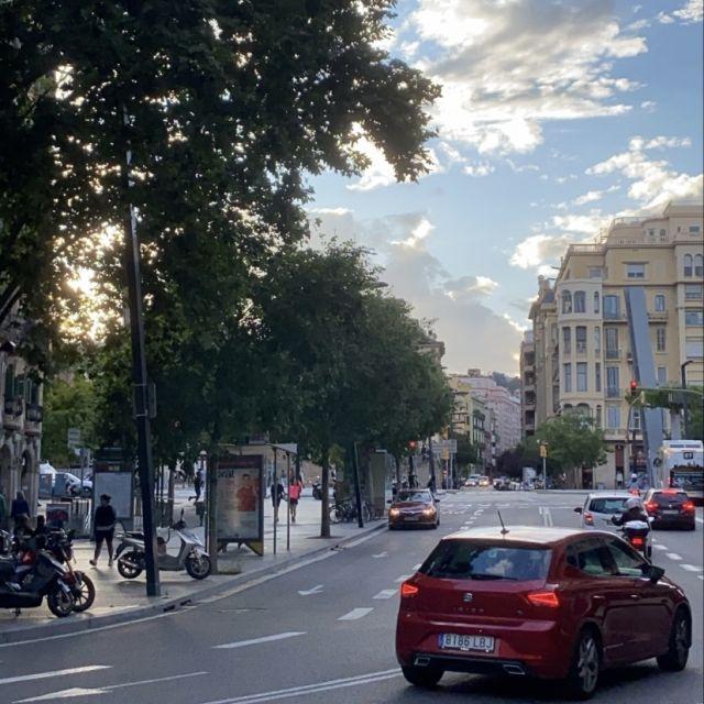 Eine Kreuzung in Barcelona.