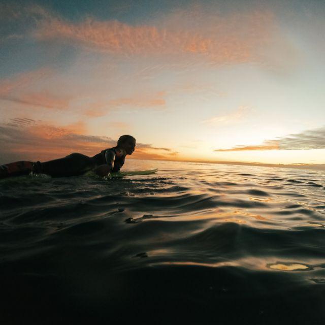 Sunsetsurf.