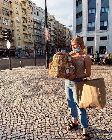 Gestern bin ich nach einer langen Reise in Lissabon angekommen. Als erstes…