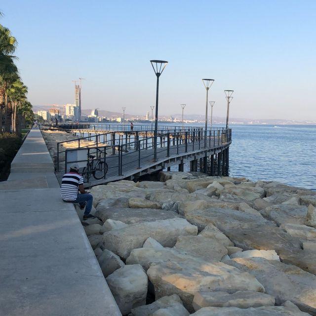 An der Küste Limassols gibt es genügend Strände zur Entspannung