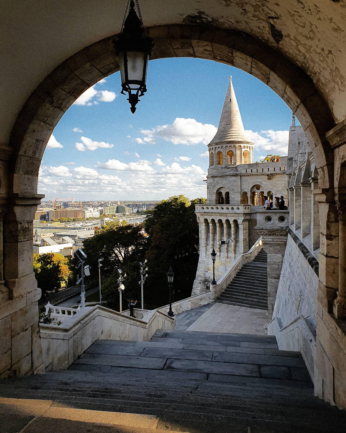 Einer meiner liebsten Plätze in Budapest: die Fischerbastei in dem Burgviertel…