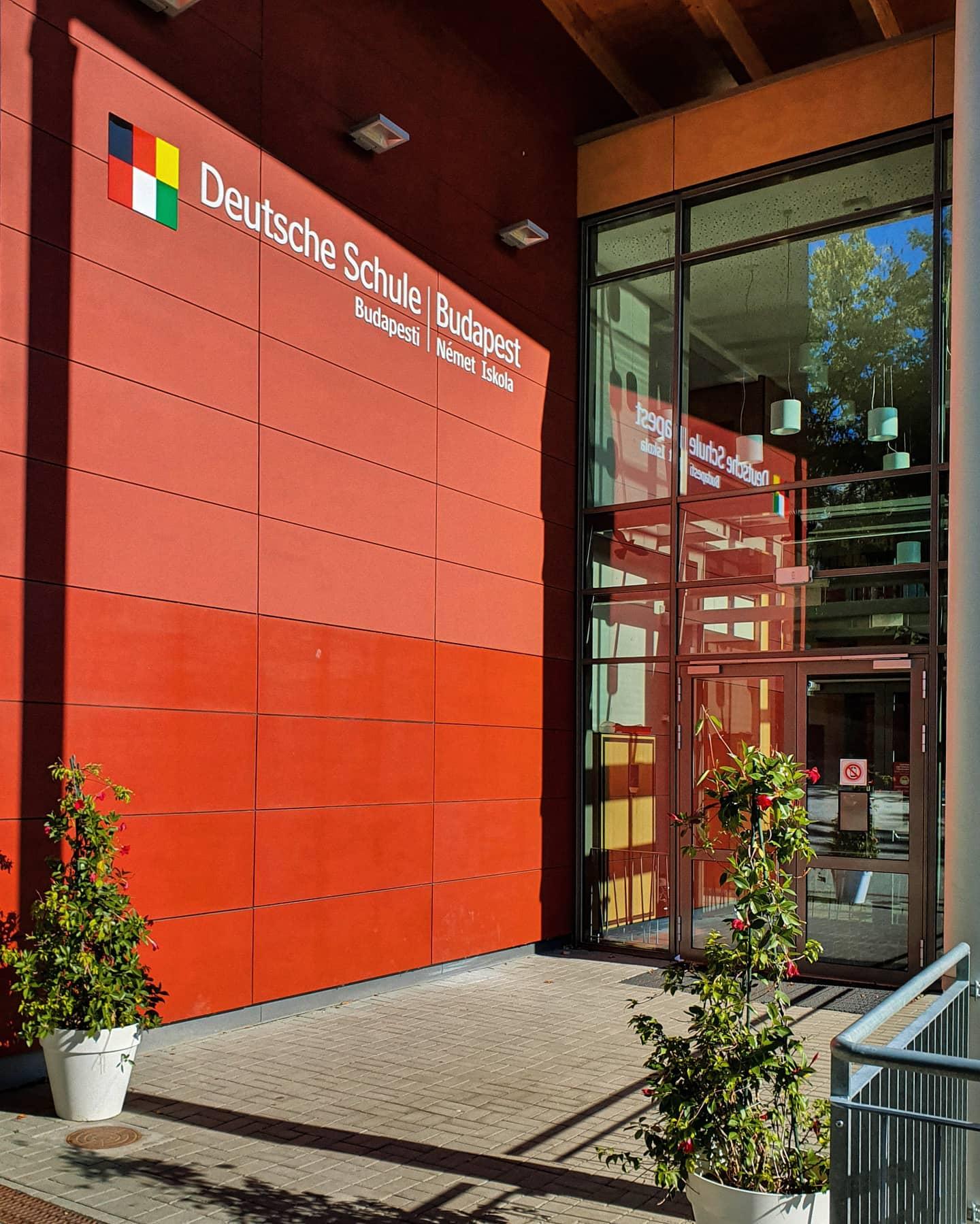 Deutsche Schule Budapest - meine Praktikumsschule, mein Ort neuer Begegnungen,…
