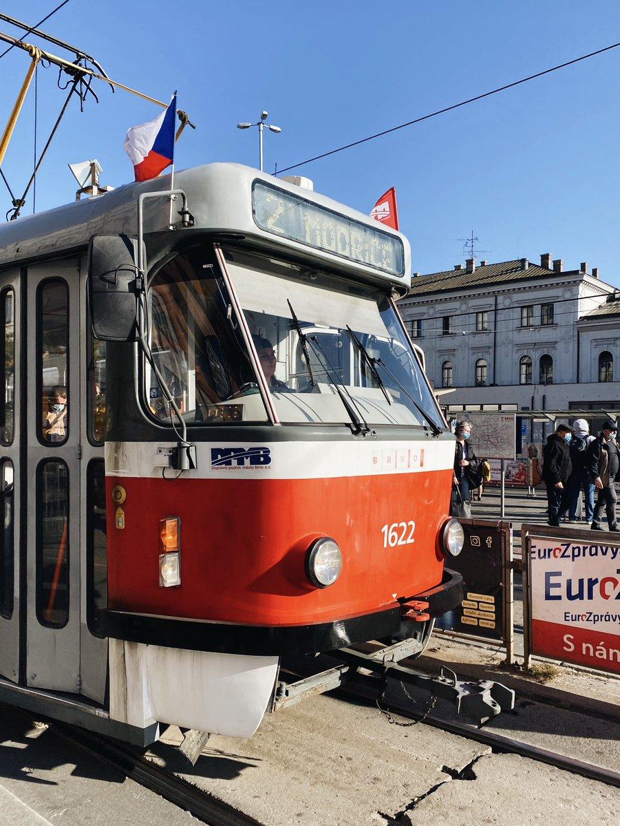 Heute (28.10.) ist ein staatlicher Feiertag in Tschechien. Gefeiert wird die…