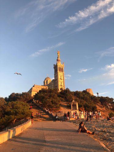 Notre Dame de la Garde über Marseille.