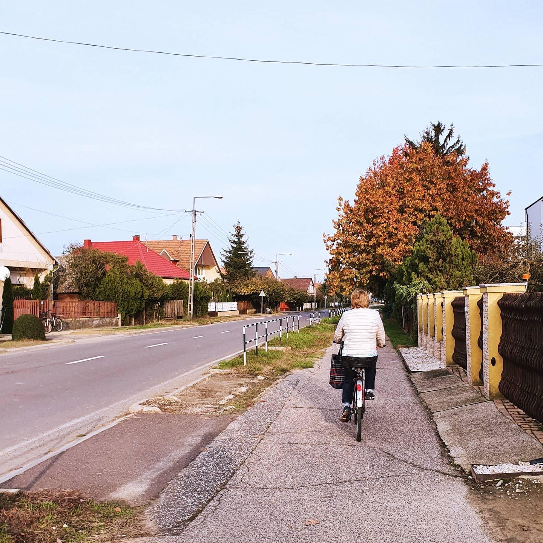 Seit dem ungarischen Nationalfeiertag am 23. Oktober habe ich Herbstferien 🍂…
