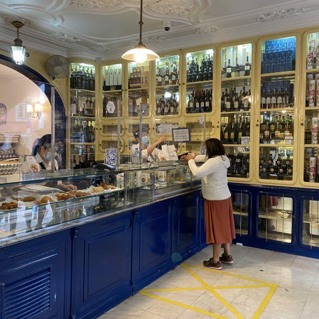 Die Pastelaria (portugiesische Bäckerei), die die Pastéis de Belém verkauft