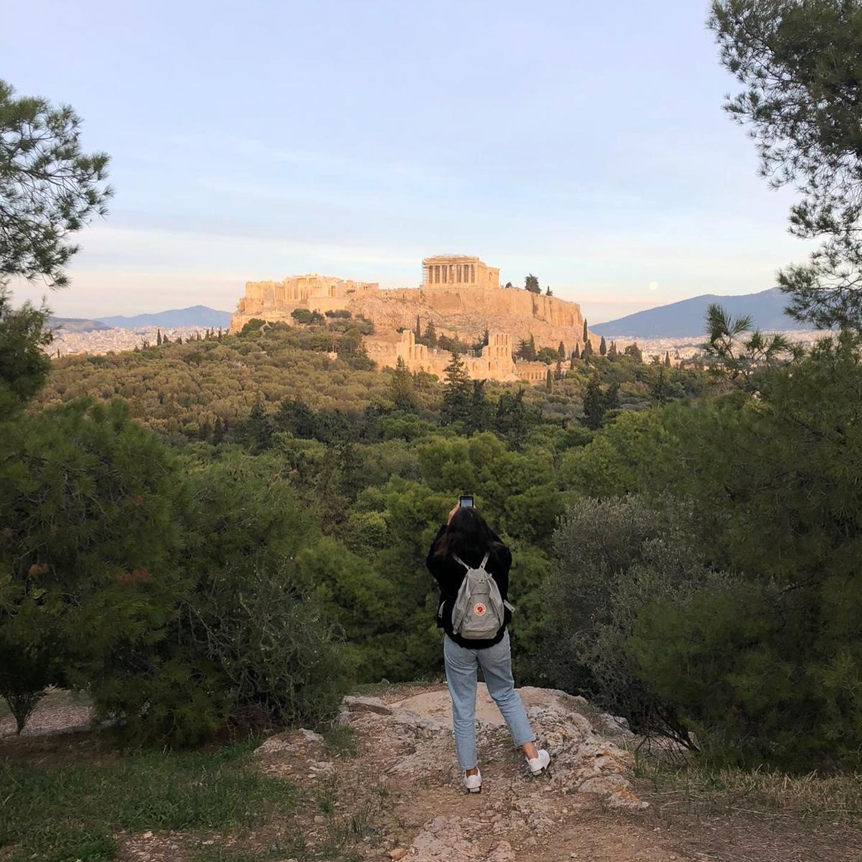 Mein Handy ist zwar schon voll mit Bildern von der Akropolis, aber genug habe…