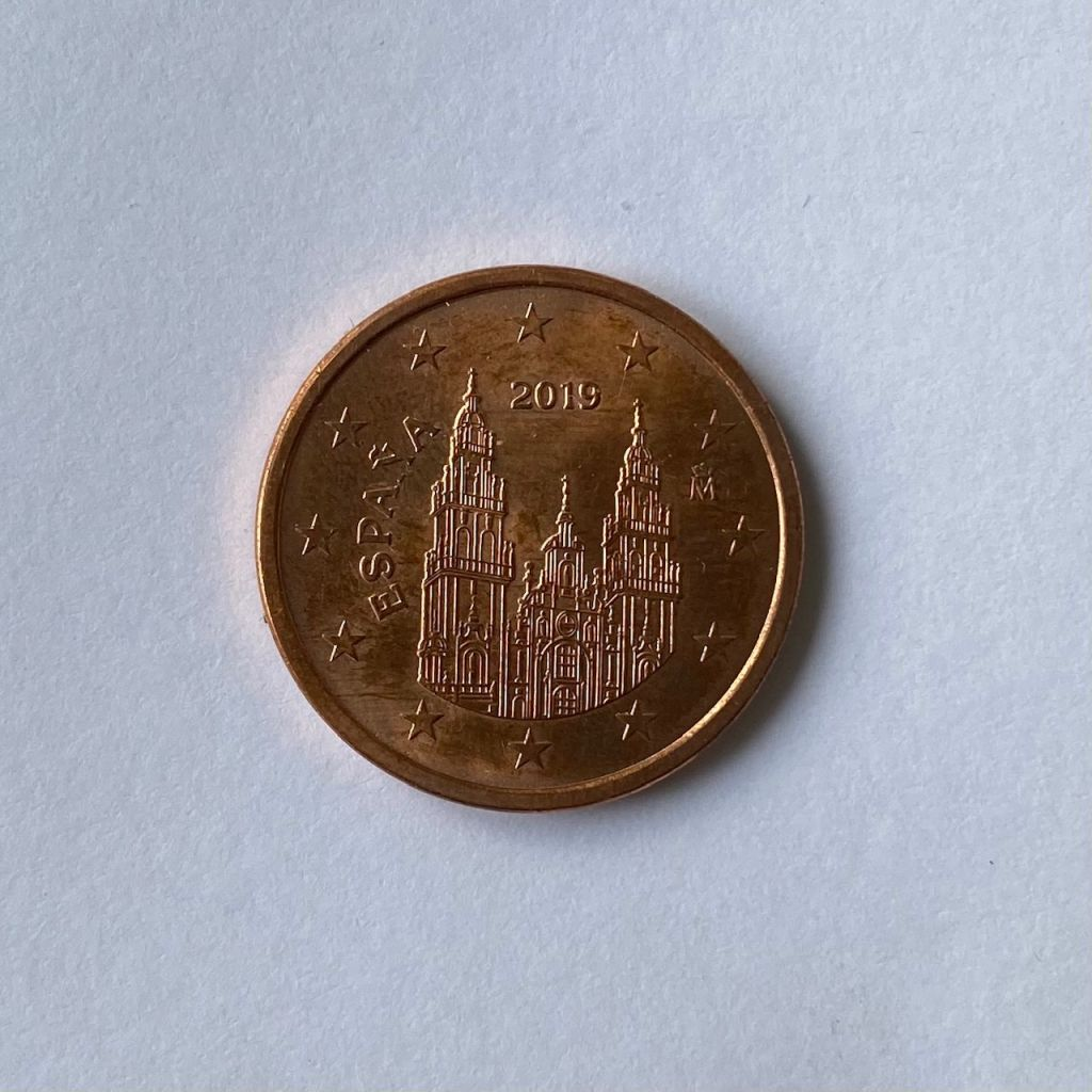 Kathedrale auf der Rückseite einer spanischen 5-Cent-Münze.