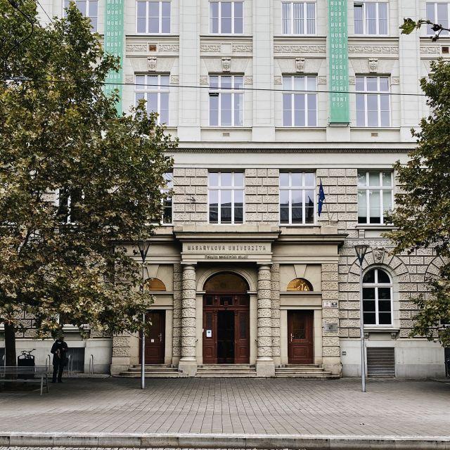 Wie findet man die richtigen Kurse im Auslandssemester?