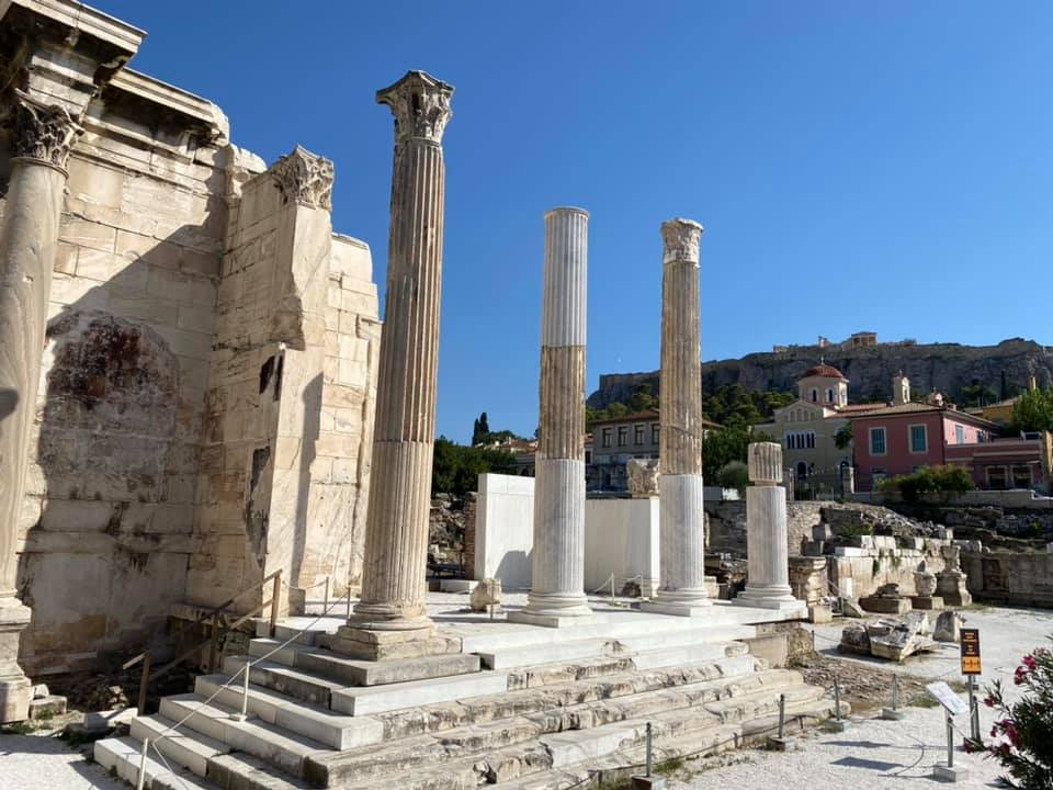 Nicht weit vom Monastiraki-Platz befinden sich die Ruinen der…