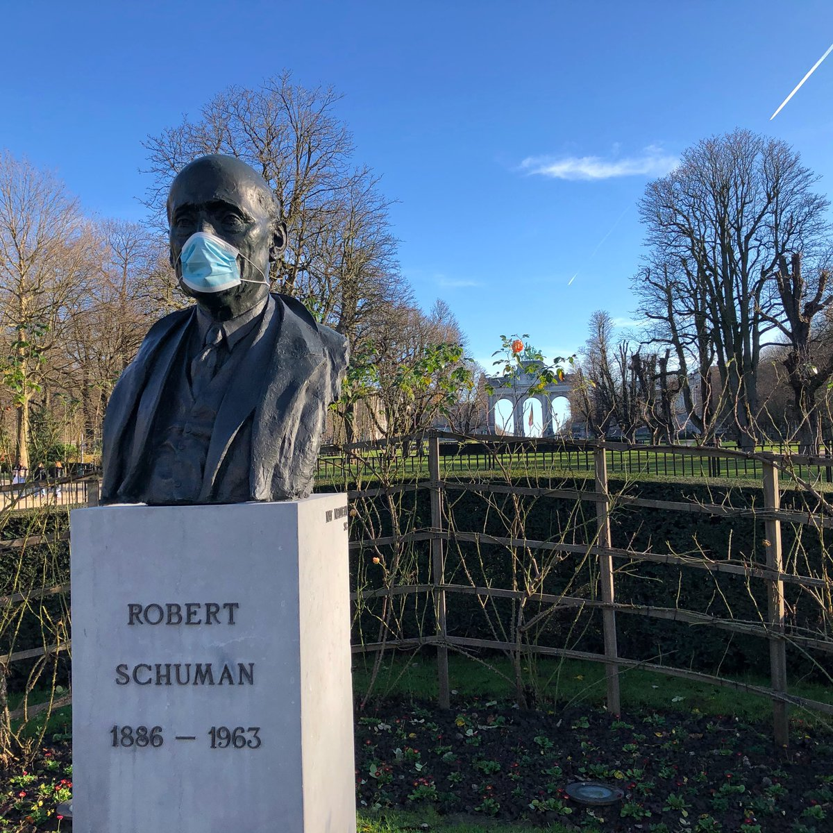 Am Ende des Jubelparks erinnert uns Robert Schuman, einer der EU…