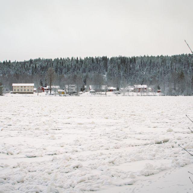Schnee, Eis, Dunkelheit: Winter am Polarkreis