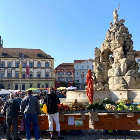 Foto vom Wochenmarkt in Brünn.