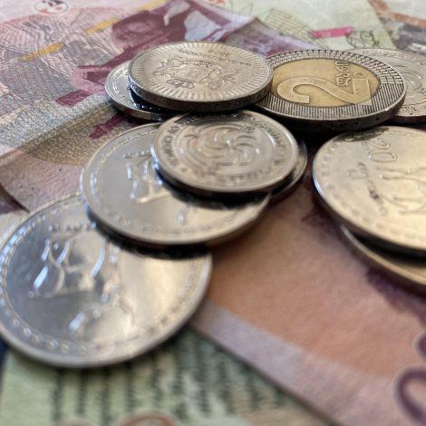 georgische Banknoten und Münzen