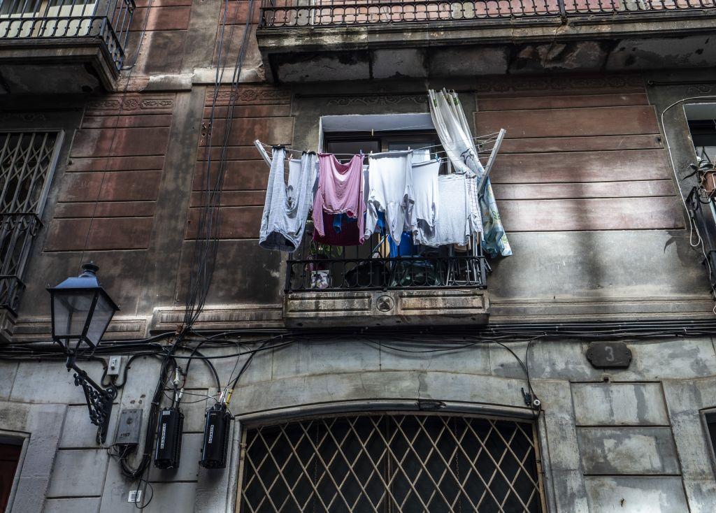 Wäsche an Balkon