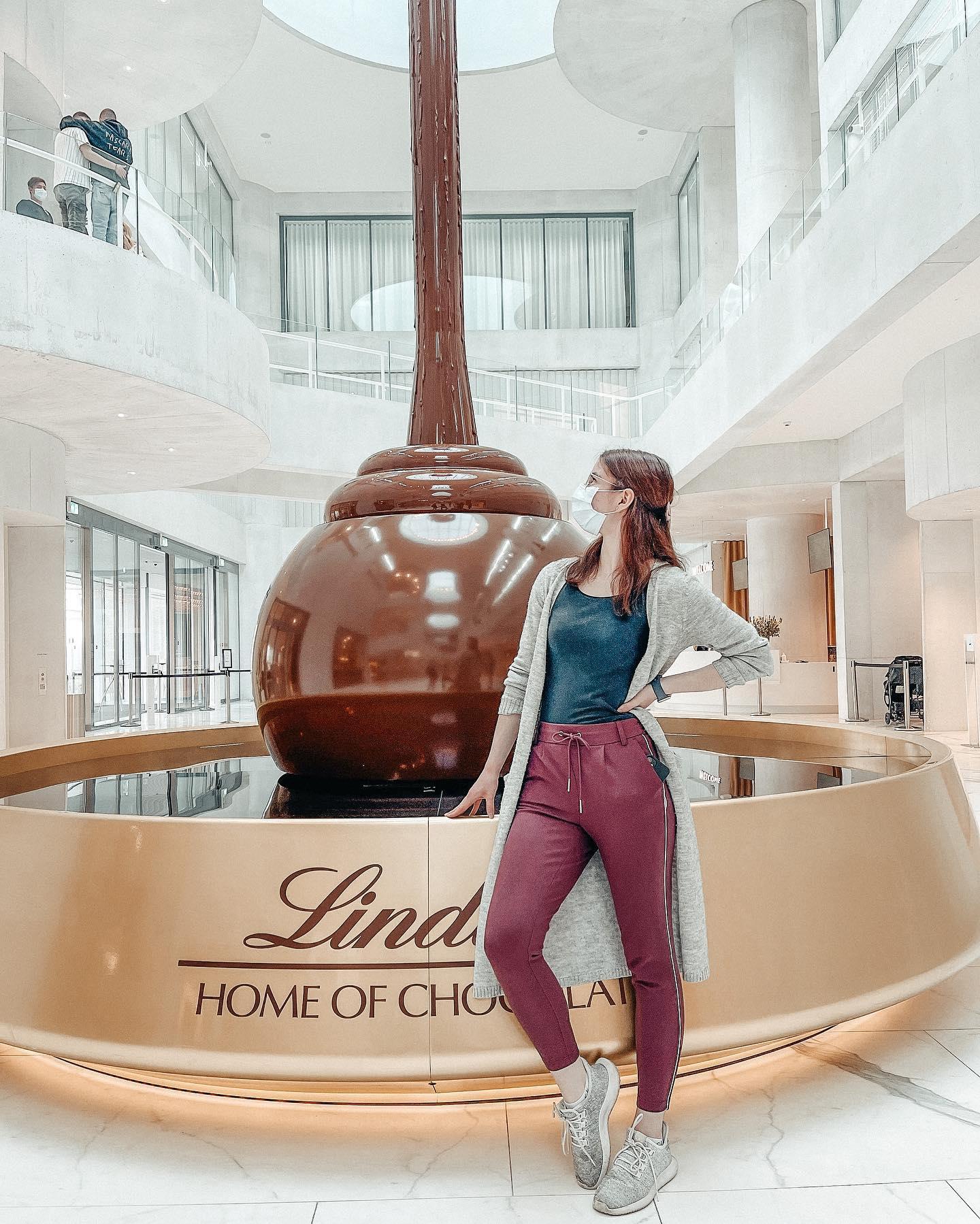 """""""Home of Chocolate""""-Besuch Nummer 2 🍫🤤 So kann man die Osterferien…"""