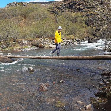 Auf dem Weg zum zweithöchsten Wasserfall Islands!…