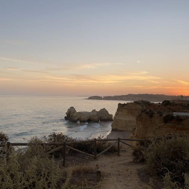Ausblick über die Küste der Algarve.