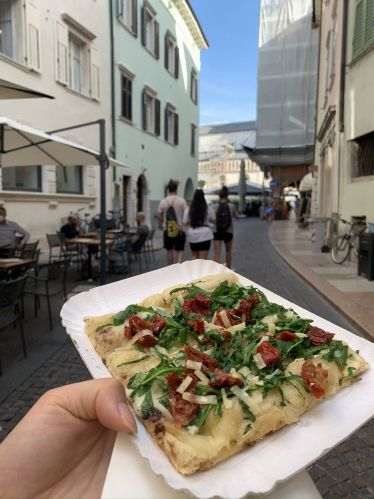 Zu #focaccia sag ich nie nein, und bei Ibris in Trento gibt es die beste!…