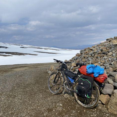 Fahrrad in Islands Highlands