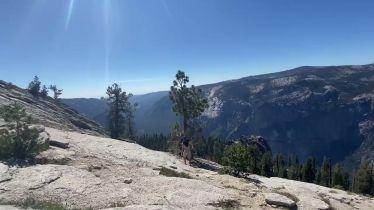 Der zweite Stop des Roadtrip war der Yosemite National Park. Er ist der dritt…