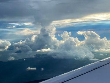 Gestern endlich in #SanJose angekommen - nach 12 Stunden über den Wolken 🥱…