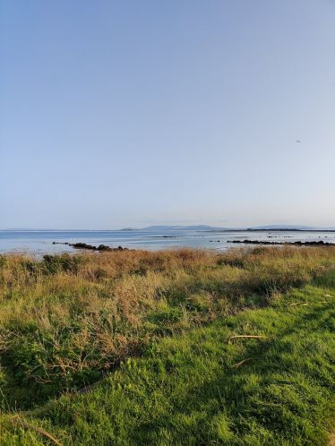 Mein erster Spaziergang an der bekannten Salthill Promenade in Galway. Sie ist…