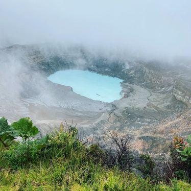 Visiting the clouds ☁️💨 at Poás Volcano 🌋…