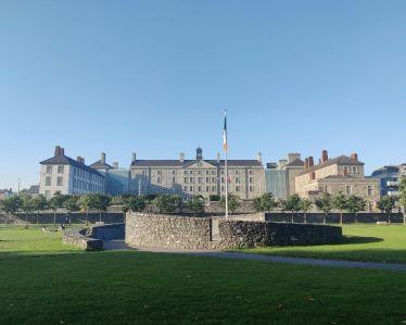 Ich bin seit Anfang der Woche in Dublin und mein Uni-Start an der @UCDLawSchool…