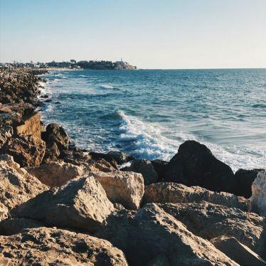 Da die Uni im Oktober losgeht, verbringe ich die Zeit bis dahin am Meer 🌊…