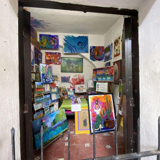 Ein Atelier eines Künstlers in der Altstadt in Puebla.