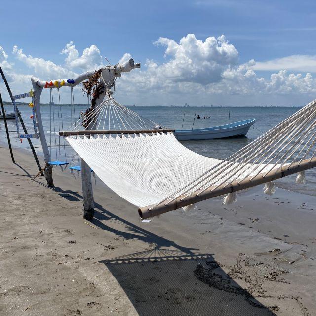Eine Hängematte zum Entspannen am Strand von Veracruz.