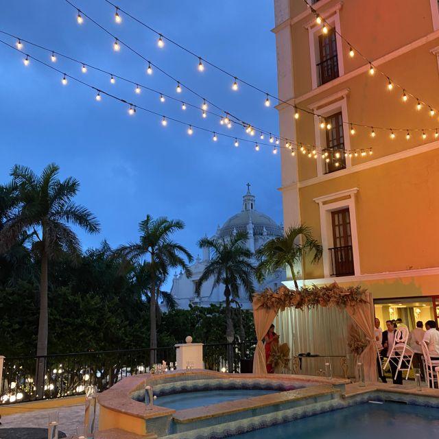 Hochzeitslocation bei Nacht