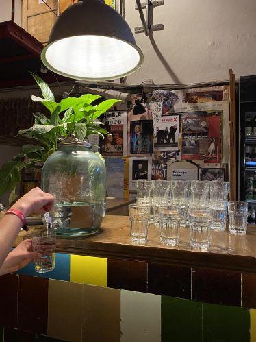 Wasserspender in einem Restaurant